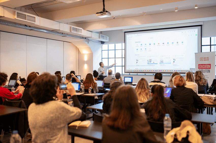 Η Socialinnov σε ημερίδα για την εκπαίδευση και την τεχνολογια.