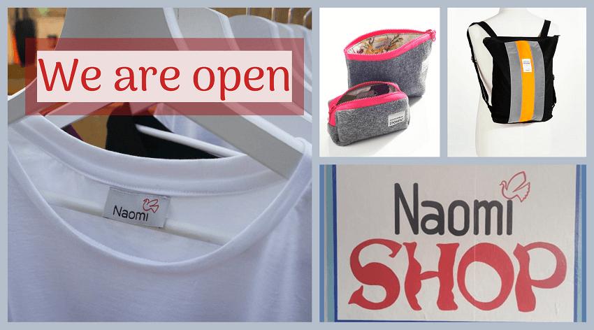 Στην Ναόμι φτιάχνονται με αγάπη και διατίθενται μάσκες, τσάντες, σακίδια, μπλούζες και πολλά ακόμα.