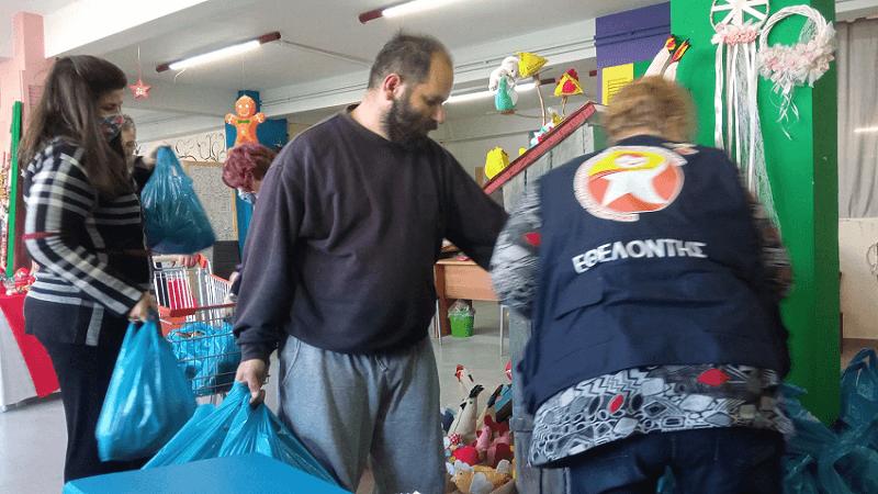 Η οργάνωση «Φωτεινό Αστέρι» προσφέρει καθοριστική βοήθεια σε οικογένειες που έχουν ανάγκη.